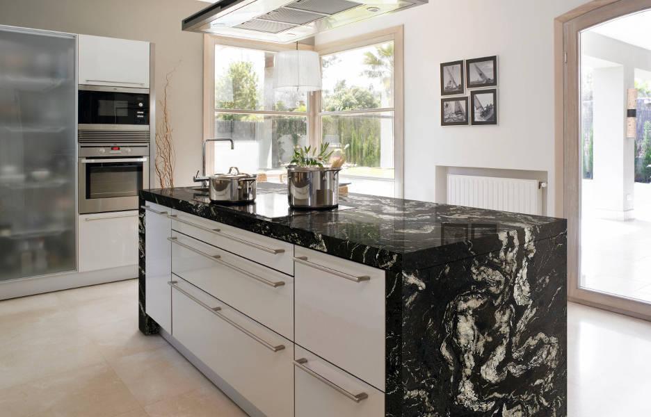 La encimera lo que usted necesita saber for Encimera de cocina lacada en blanco negro