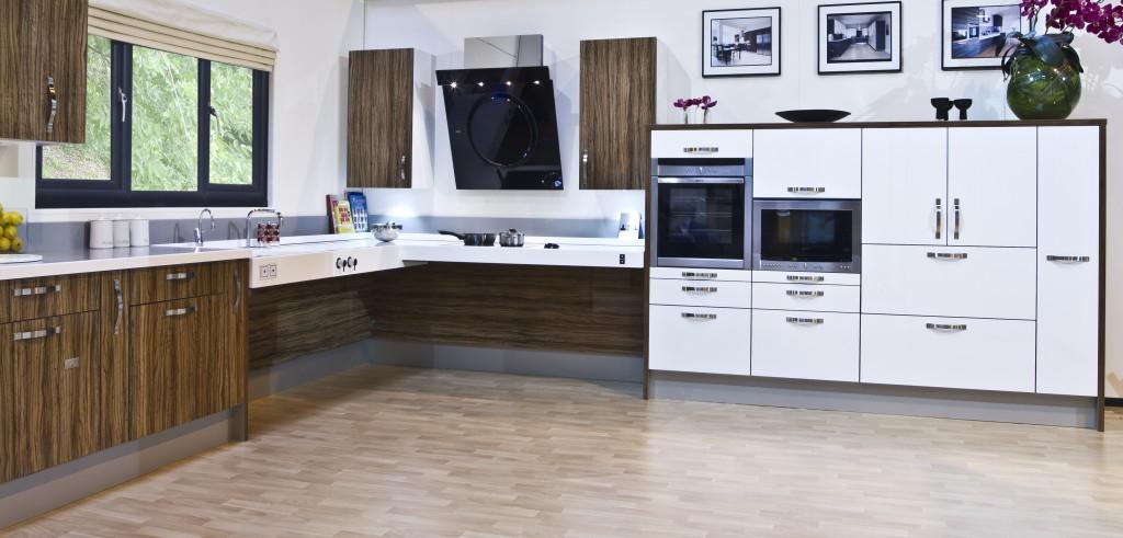 cocinas accesibles vivienda accesible por dise 241 o the facts on kitchen cabinets for wheelchair standard vs